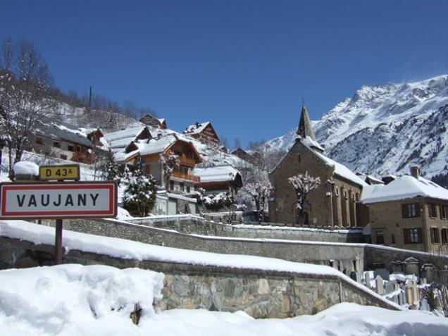 Vaujany in the snow