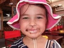 Happy little walker likes Crepe Nutella avec Chantilly